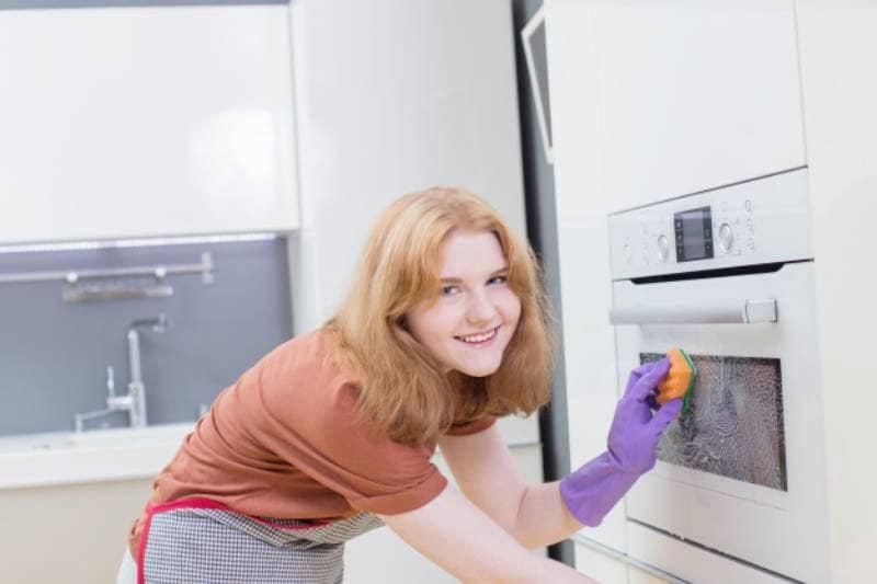 como limpiar un horno