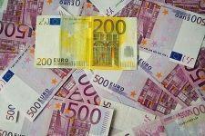 Cómo ahorrar dinero para salir de las deudas